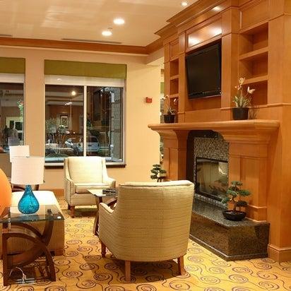 Photo Taken At Hilton Garden Inn Chesapeake/Suffolk By Yext Y. On 1/
