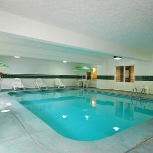 Photos at Country Inn & Suites By Radisson, Fairborn South, OH - Hotel