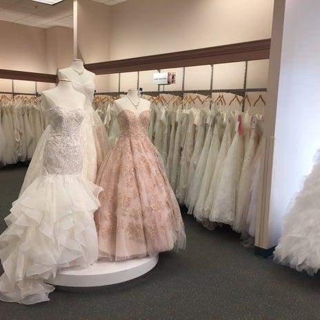 Wedding dresses clackamas promenade hours