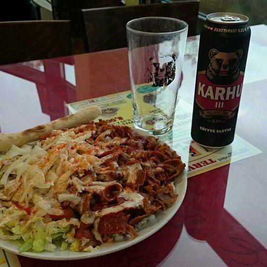 Foto diambil di Mega Pizza & Kebab oleh Herkko V. pada 5/9/2014