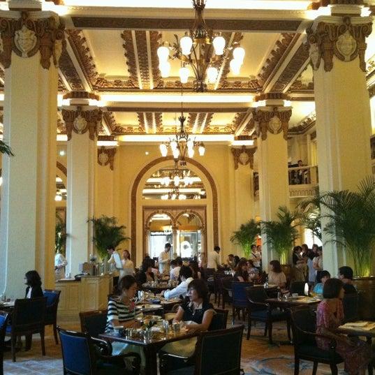 The Peninsula Hong Kong Hotel In Tsim Sha Tsui