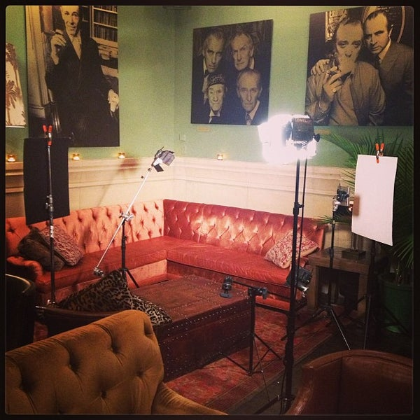 Photo taken at Soho Grand Hotel by Steven R. on 7/9/2013