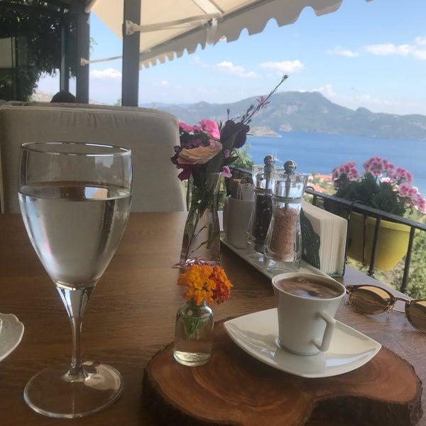 Foto scattata a Swan Lake Boutique Hotel & Restaurant da Serap Mutlu T. il 5/12/2018