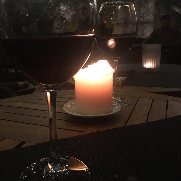 3/8/2017 tarihinde Merve Özge H.ziyaretçi tarafından Vanilla Lounge'de çekilen fotoğraf
