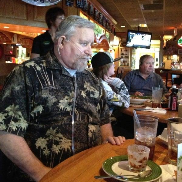 Photo taken at Applebee's by Karyn M. on 1/20/2013