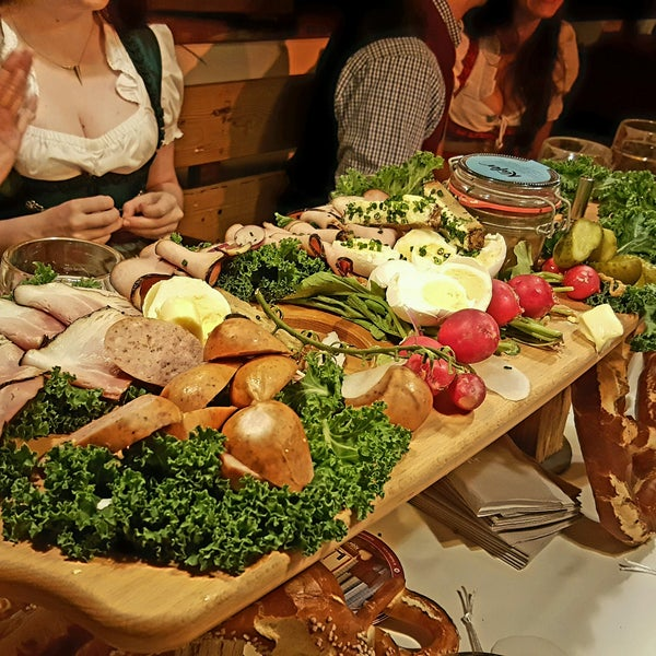 Photos at Käfer Wiesn-Schänke (Now Closed) - Bavarian Restaurant in ...