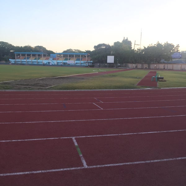 Photo taken at Iloilo Sports Complex by Joed L. on 3/14/2016