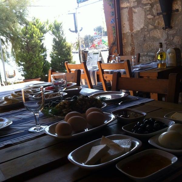10/3/2017 tarihinde Serap Filiz Ö.ziyaretçi tarafından Kekik Restaurant'de çekilen fotoğraf