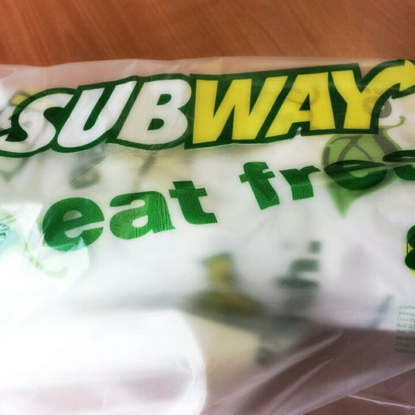 Photo taken at SUBWAY by Elio N. on 9/2/2014
