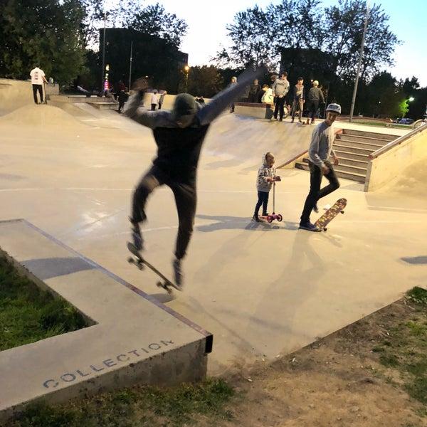 Das Foto wurde bei Скейт-парк «Садовники» von Nadezda V. am 5/9/2018 aufgenommen