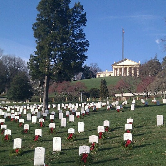 Photo taken at Arlington National Cemetery by Marcelo V. on 12/24/2012
