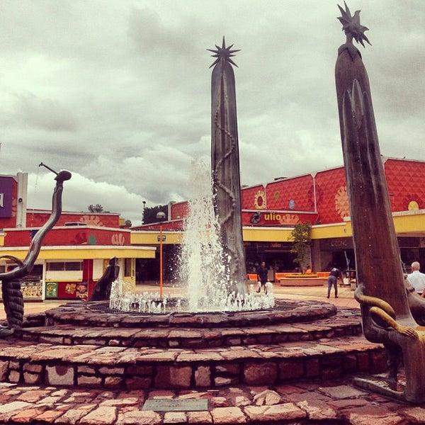 Foto tomada en Plaza del Sol por Ibn Abbad el 9/16/2013