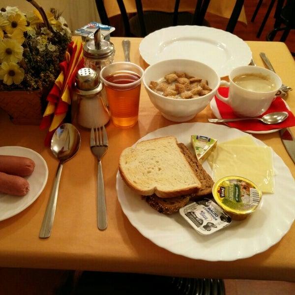 Снимок сделан в Hotel Nevsky Contour пользователем Aapo P. 12/13/2015