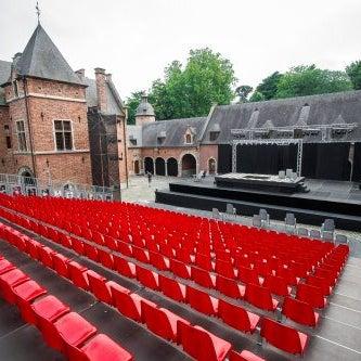Super lieu de loisirs intelligent tout l'été (théâtre, concerts, magie, humoristes, spectacles de théâtre pour enfants, ...)