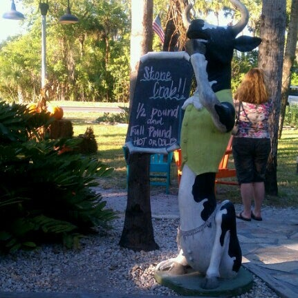 Photo taken at The Island Cow by Henri I. on 11/21/2012