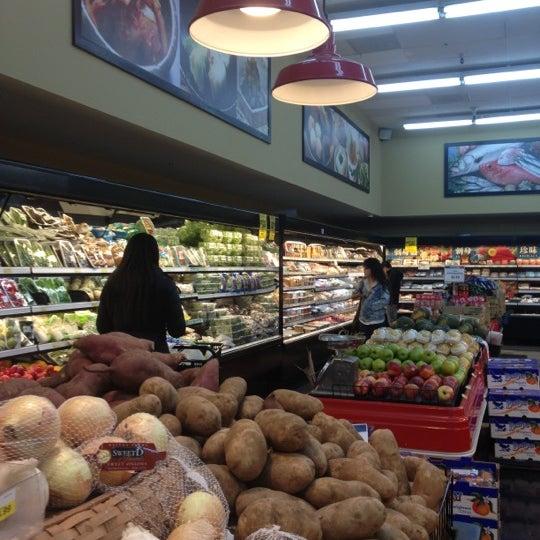 Photo taken at Mitsuwa Marketplace by Jack on 12/1/2012