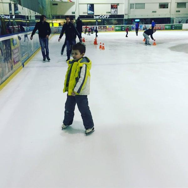 Снимок сделан в Айс Холл / Ice Hall пользователем Anna M. 12/23/2016