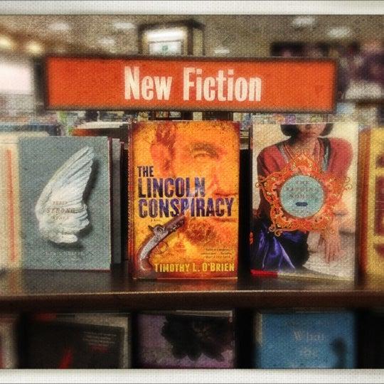 Photo taken at Barnes & Noble by Josh K. on 11/25/2012