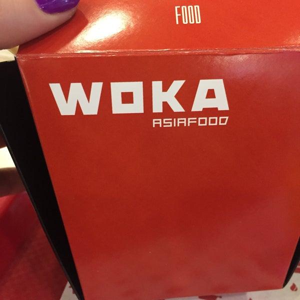 Снимок сделан в Woka Asia Food пользователем Lissa A. 10/20/2015