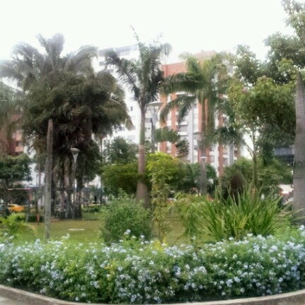 Photo taken at Parque Las Palmas by Mely A. on 11/7/2012