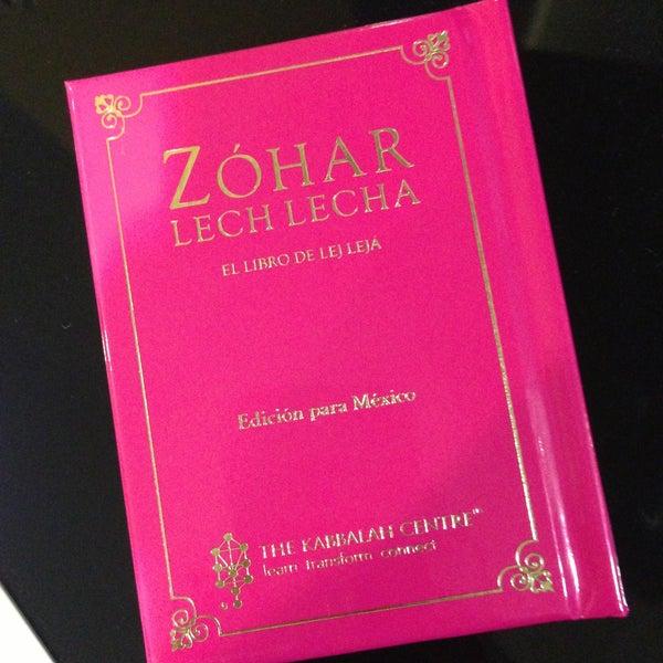Foto tomada en Centro de Kabbalah, Librería Polanco por Gonzalo M. el 5/2/2013