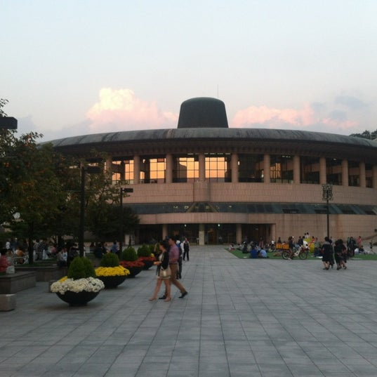 Photo taken at Seoul Arts Center by Lee Y. on 10/6/2012
