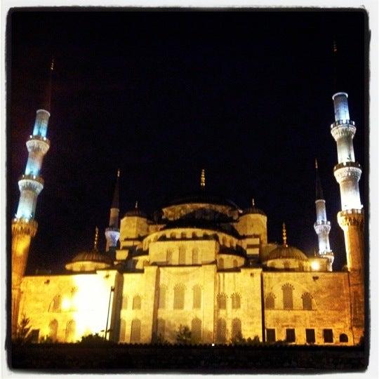 Das Foto wurde bei Ayasofya Hürrem Sultan Hamamı von Gonca am 9/26/2012 aufgenommen