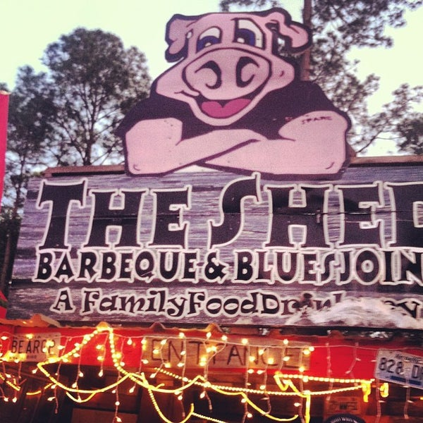 Photo taken at The Shed Barbeque and Blues Joint by Trina on 4/7/2013