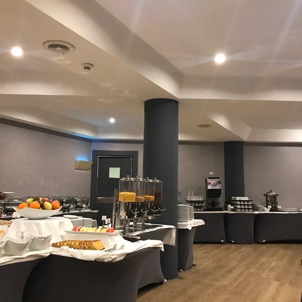 3/22/2018 tarihinde Ahu G.ziyaretçi tarafından Anatolia Hotel'de çekilen fotoğraf