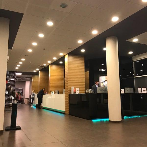 Foto scattata a Hotel Arcimboldi da Mabu M. il 5/13/2017