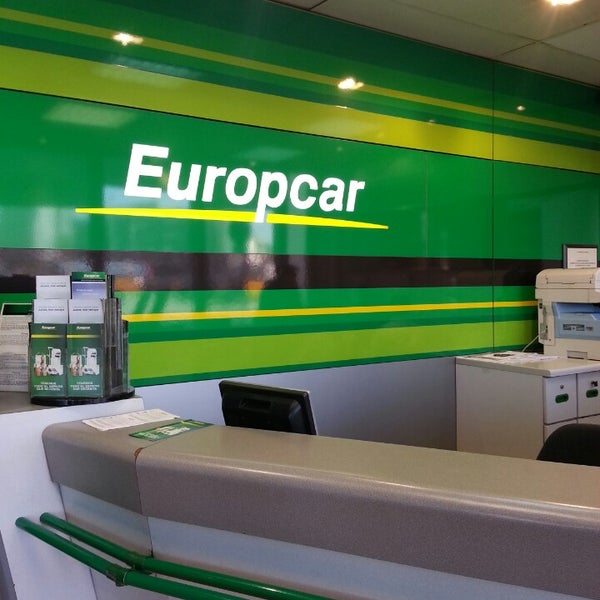 europcar rental car location in sants