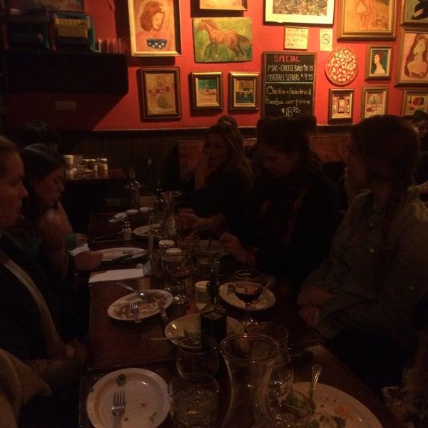 Photo taken at Arturo's Restaurant by Keegan Vance F. on 1/9/2015