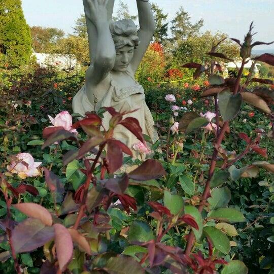 Photo taken at Hershey Gardens by Sam H. on 10/16/2016