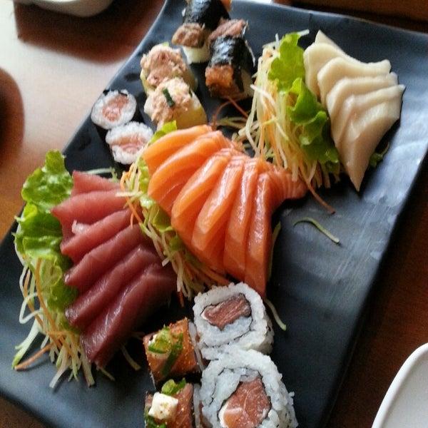 O rodízio é muito bom e a rapidez no atendimento fazem a diferença... Peçam a entrada de sushi de maracujá também..