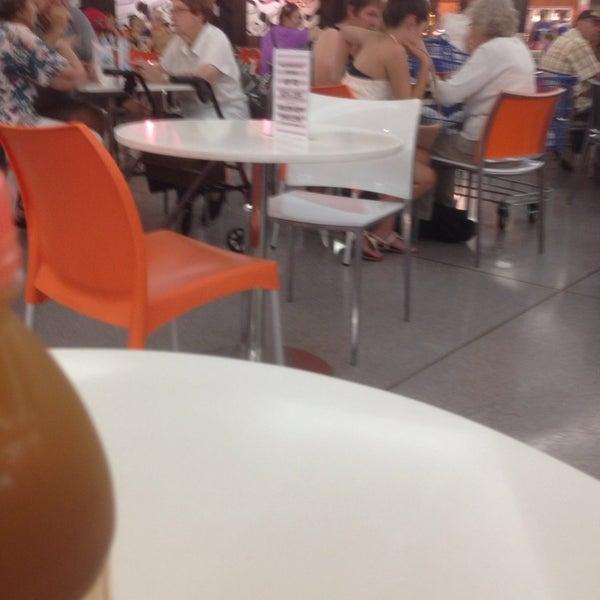 Belmont Forum Food Court