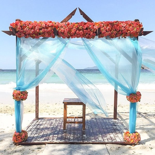 Photo taken at Gayana Eco Resort by Florina Florist on 4/11/2015