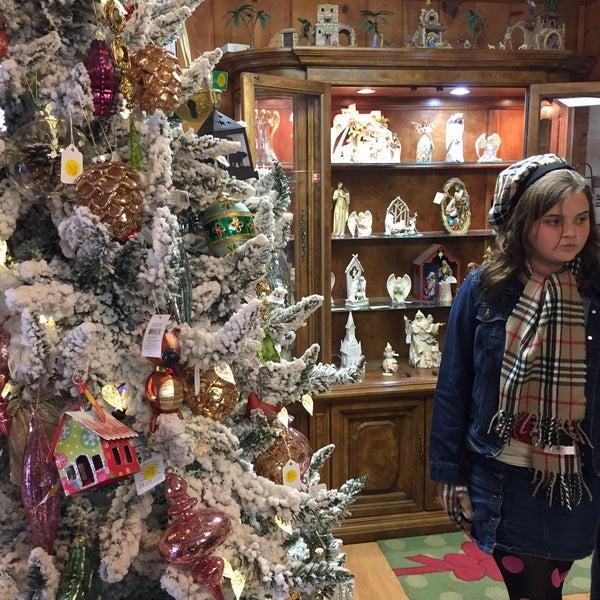 San Francisco Christmas Ornaments Store