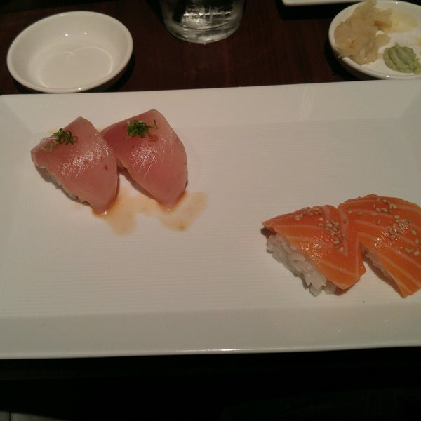Photo taken at Sugarfish by Barry H. on 12/29/2016