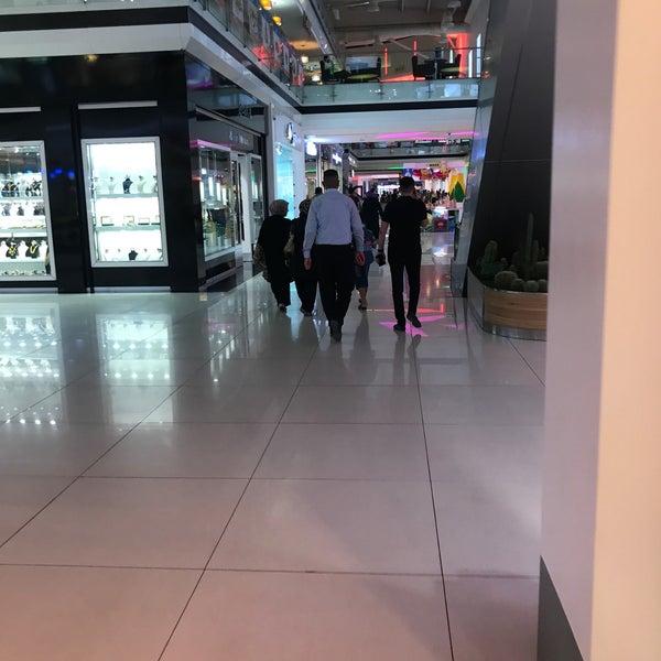 8/15/2017 tarihinde WLT ALTUNziyaretçi tarafından Family Mall'de çekilen fotoğraf