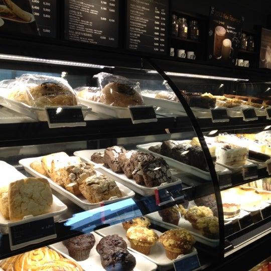 Photo taken at Starbucks by Hocheol L. on 3/4/2012