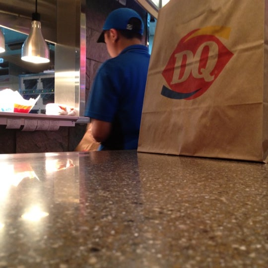Photo taken at Dairy Queen by Haila A. on 8/5/2012