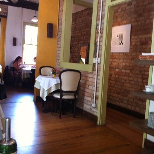 Foto tirada no(a) Zeffiro Restaurante por Marília M. em 2/9/2012