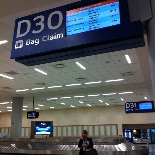 Bag Claim D30 Baggage Claim In Dfw Airport