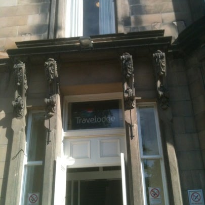 Travelodge edinburgh learmonth comely bank midlothian for 2 learmonth terrace edinburgh