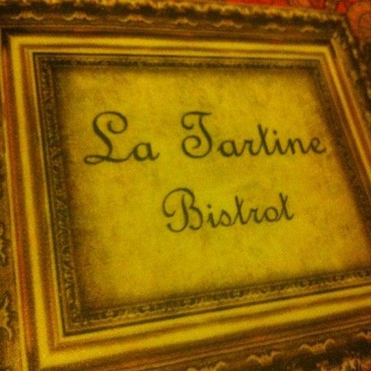 Foto tirada no(a) La Tartine Bistrot por Cleber G. em 7/3/2012