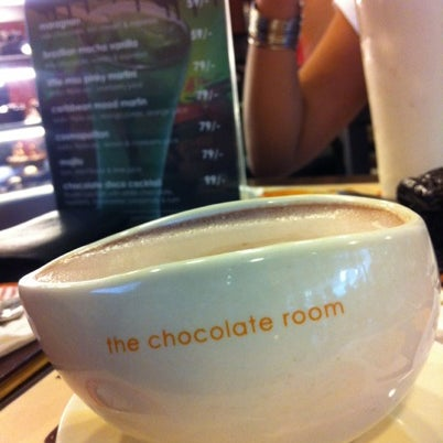 Photo taken at The Chocolate Room by Nilesh D. on 8/12/2012