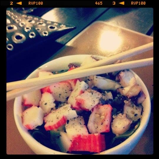 Foto tirada no(a) Brava Sushi por Luciana A. em 5/28/2012