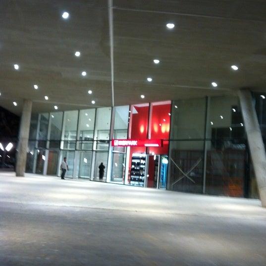 รูปภาพถ่ายที่ Costa Urbana Shopping โดย Made v. เมื่อ 3/18/2012