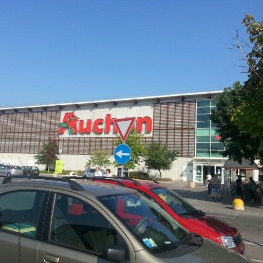 centro commerciale auchan shopping mall in san rocco al