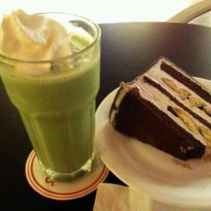Photo taken at Secret Recipe by Joanne NicoleAnn on 4/27/2012
